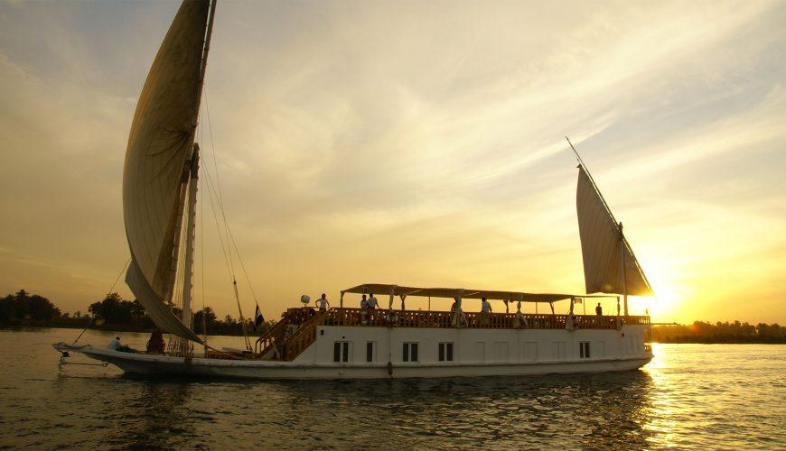 dahabiya_nile_cruise_egypt_zekrayaat